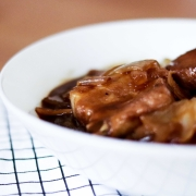Chinkiang Vinegar Sweet and Sour Spare Ribs (鎮江糖醋排)